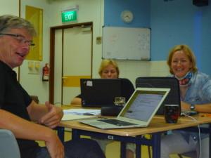 intensives Arbeiten zu dritt, Markus, Heike und ich an der GESS, Singapur