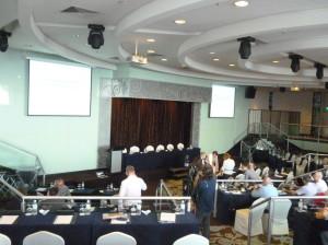 3. Tag im Konferenzsaal eines Hotels