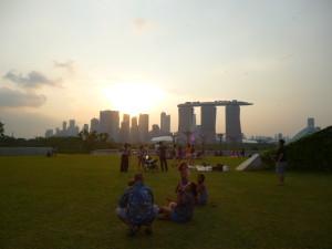 """Blick auf die Stadt von """"Singapore Barrage"""""""