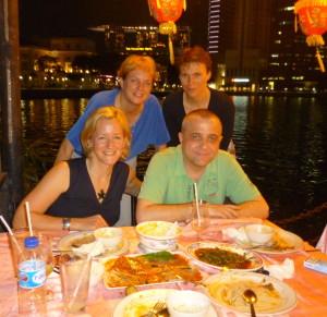 Abendessen mit Heike (Singapur), Uwe unserem Oberstufenkoordinator und Beate aus ChinagMai/Thailand