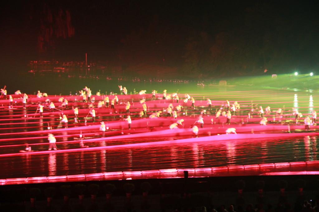 Lichtshow auf dem Li-fluss